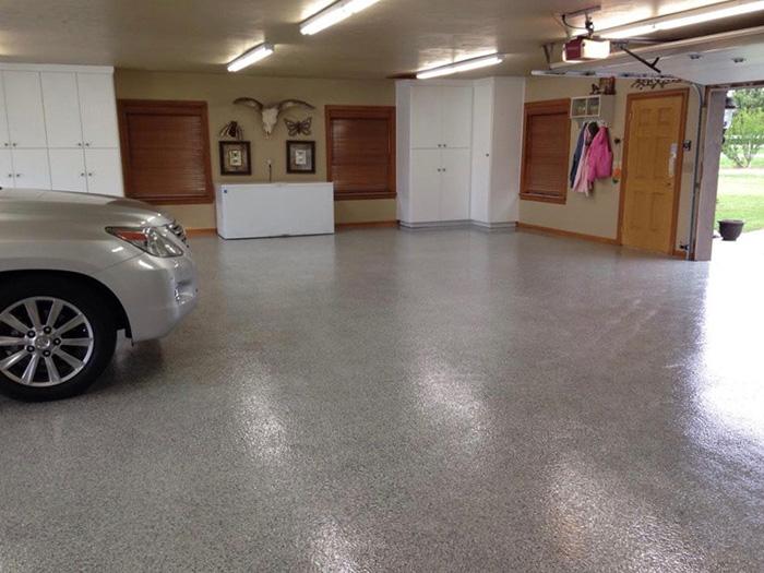 epoksi pod u garaži