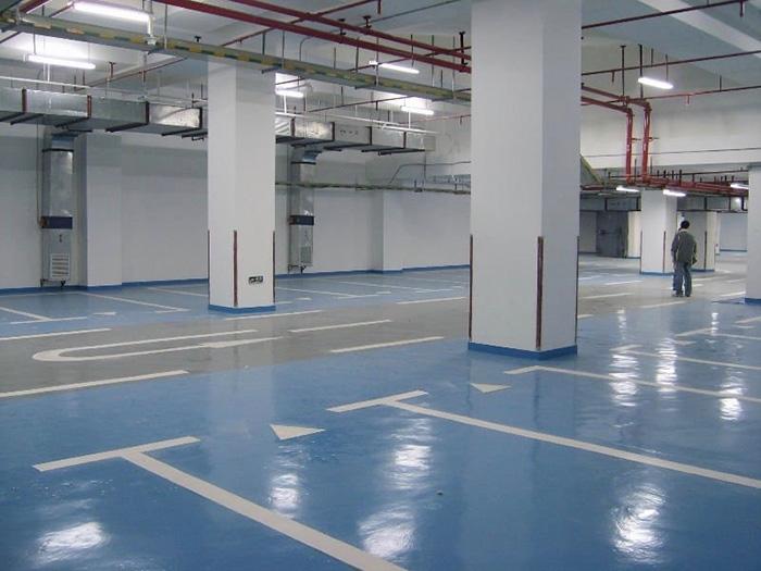 epoxy pod u parkirnoj garaži